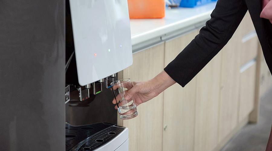 Особенности автоматов по продаже воды