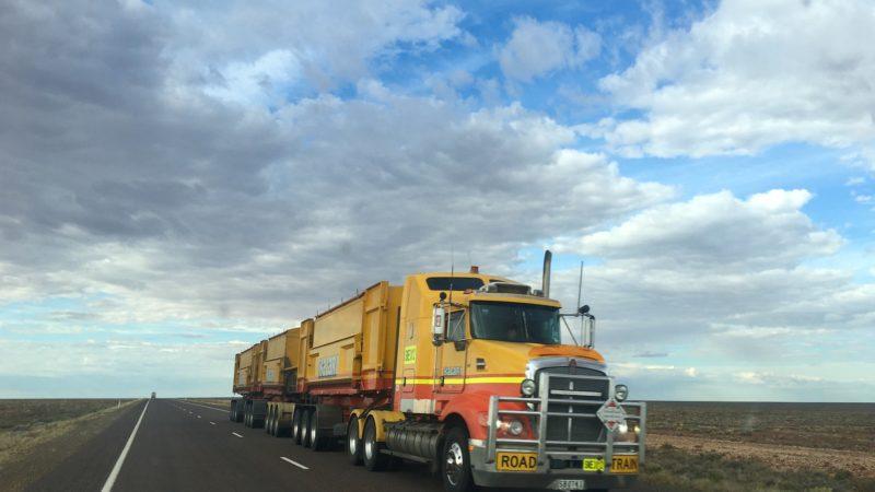 Преимущества международных грузоперевозок грузовиками